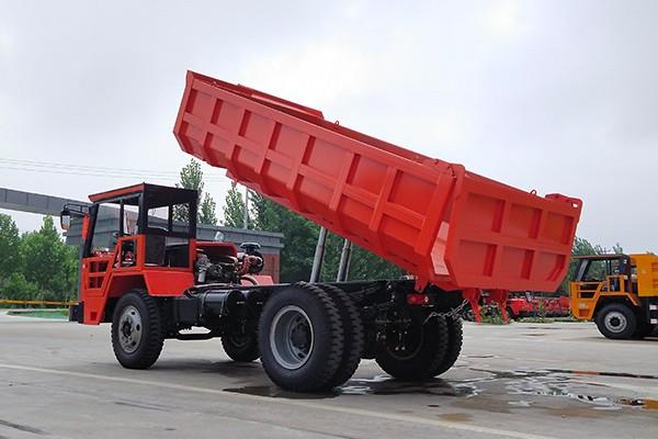 華亭UQ-10煤巷自卸車運渣車車的柴油發動機是三包服務嗎